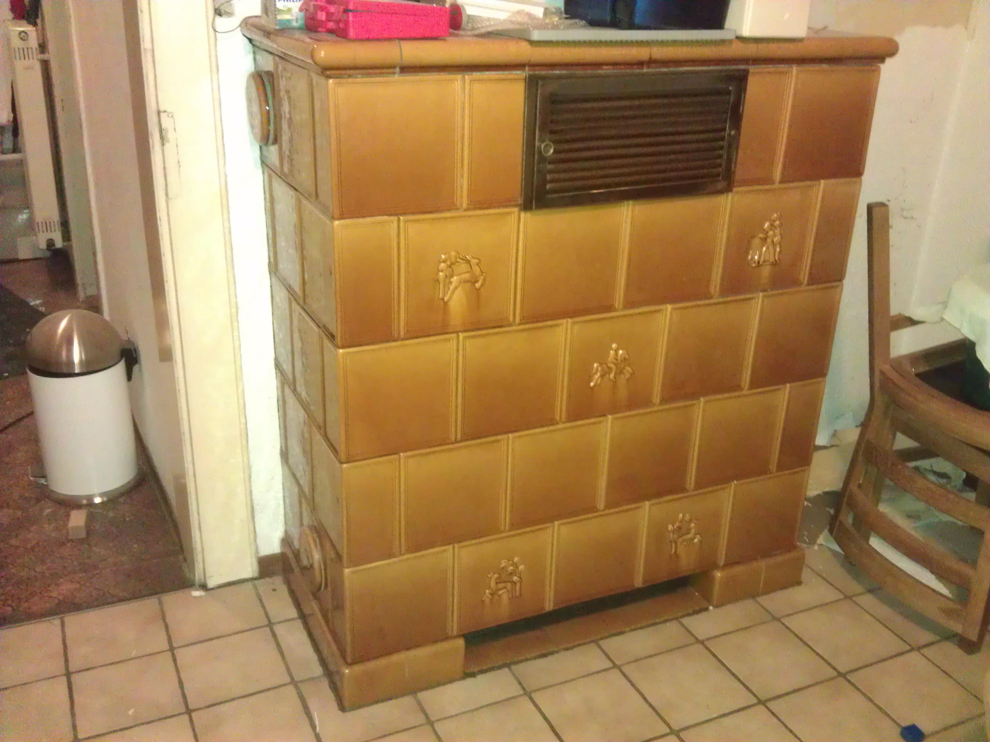 kachelofen modernisieren kachelofen im wohnzimmer hof isem. Black Bedroom Furniture Sets. Home Design Ideas